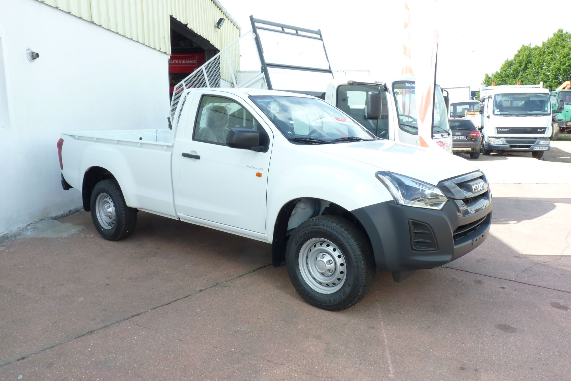 PICK UP DMAX SINGLE SATELLITE 4X4
